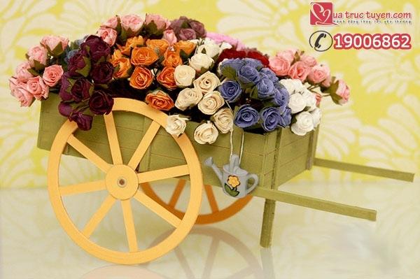 Xe kéo chở hoa - món quà mộc mạc