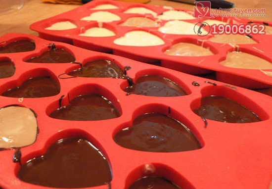 cach_lam_socola_hinh_trai_tim_cho_ngay_valentine_4