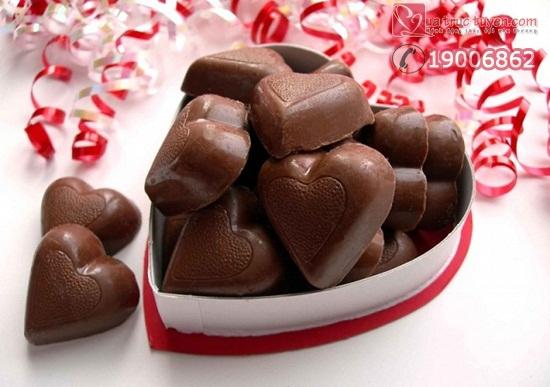 cach_lam_socola_hinh_trai_tim_cho_ngay_valentine_7