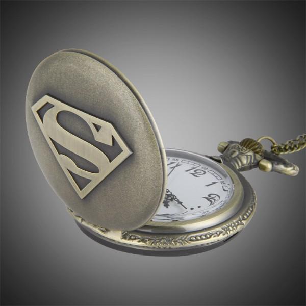 dong-ho-qua-quyt-superman-3