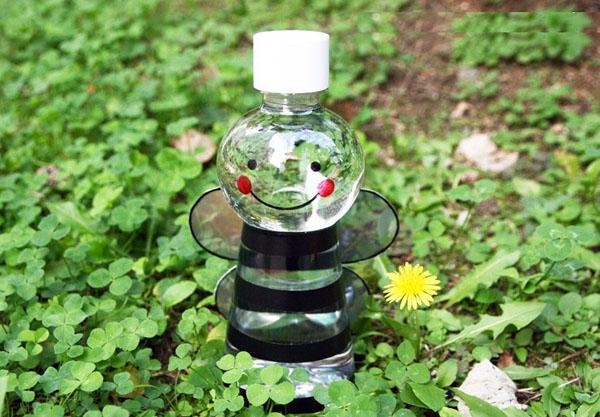 Tái chế chai nhựa cũ
