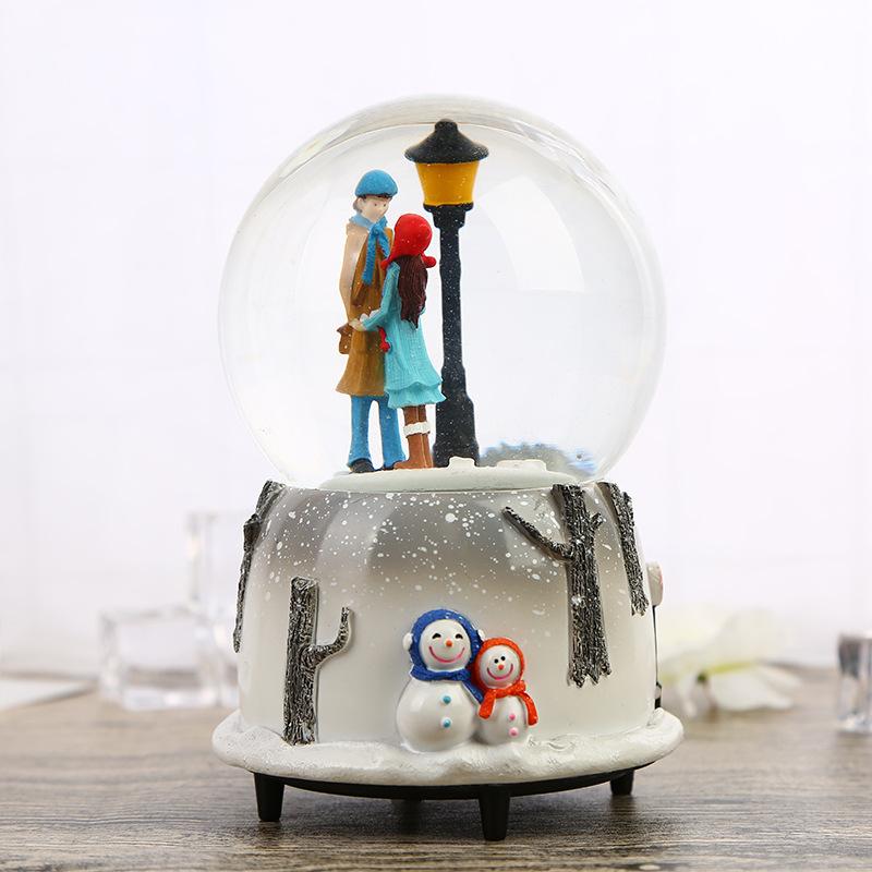 Hộp nhạc quả cầu thủy tinh tuyết yêu thương