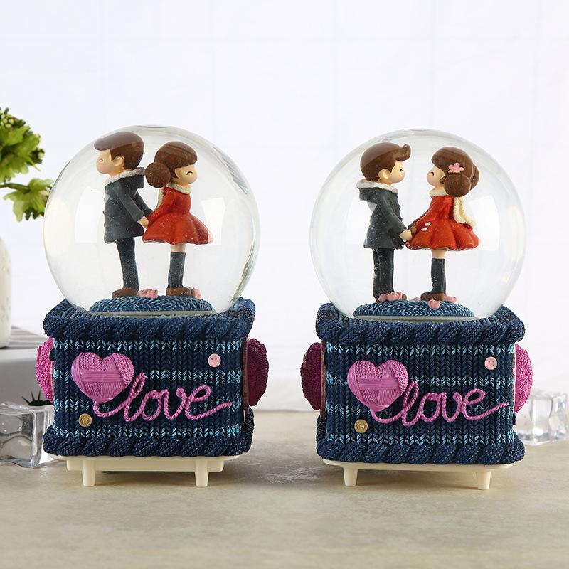 Hộp nhạc quả cầu thủy tinh cặp tình nhân