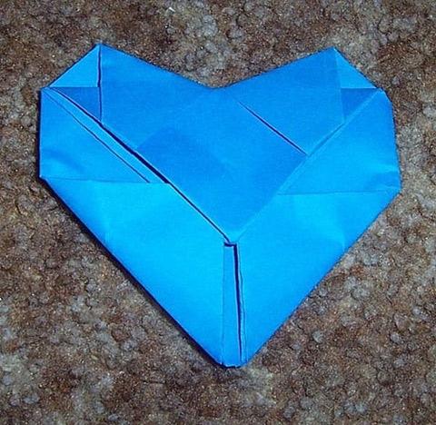 Cách gấp thư hình trái tim