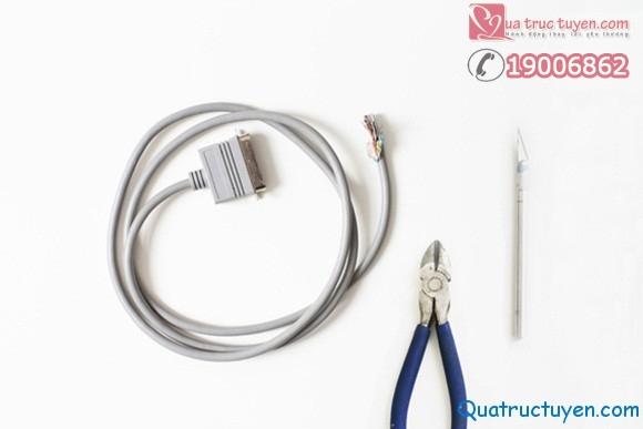 Cách làm vòng tay cực dễ từ dây cáp điện!p điện