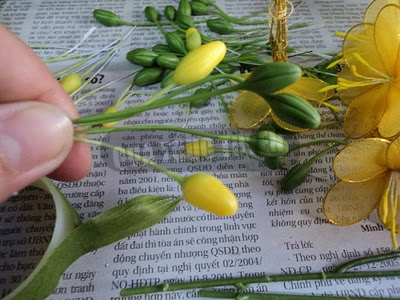 Cách làm hoa mai bằng vải voan