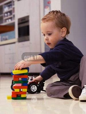 Cách chọn đồ chơi cho trẻ theo độ tuổi