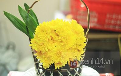 Xem nhanh cách cắm hoa cúc đơn giản 9