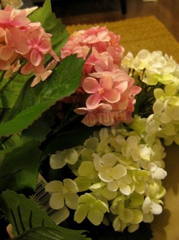 Cầu hoa xinh xắn cho phòng tươi tắn - 1