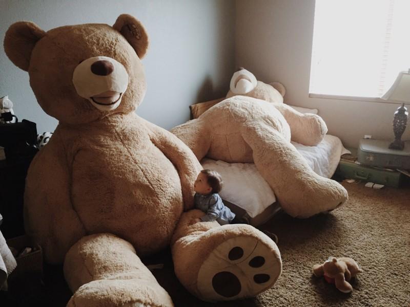 Gấu bông Costco khổng lồ có thể làm giường cho bé