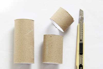 Tận dụng lõi giấy làm hộp đựng bút siêu tiện lợi 2